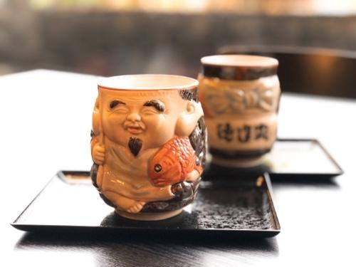 徳造丸縁起のエビス様仕様の湯呑み1 ぐり抹茶 伊豆名産玉緑茶のぐり茶と抹茶のコラボメニュー